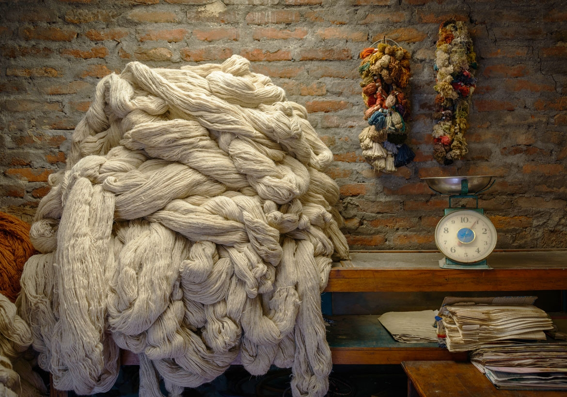 How-are-hand-knotted-rugs-made-2
