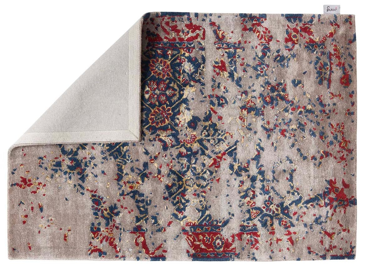Making-hand-knotted-and-hand-tufted-rugs
